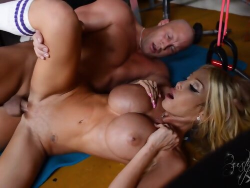 Busty Blonde Fucking During Workout