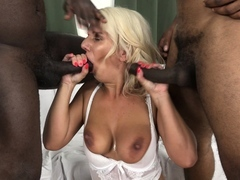 Mother gets bitchy by 2 ebony men in the same time